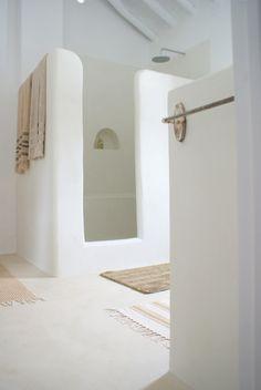 minimalist organic bathroom