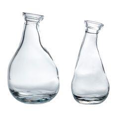 IKEA - VÅRVIND, Vase sæt med 2, Den unikke form gør vaserne smukke både med og uden blomster.