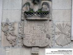 Escudo heráldico en la Plaza del Corregidor de Ourense (Galicia, España)