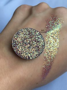 Iridescent golden sky pressed glitter eyeshadow 26mm magnetic
