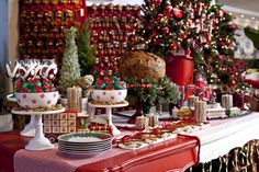 Mesas assinada por Amelinha Amaro. Fonte: Casa Claudia  #Christmas #Natal #mesa posta