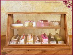 My tiny world: Dollhouse miniatures: Cakes and cakes and...