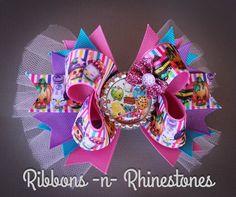Colorful Shopkins Boutique Hair Bow por RnRshairbowsandmore en Etsy