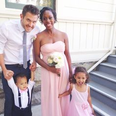 The Nive Nulls! :D Such a sweet and fun family. Austin, Britt, Audriana (Audri) and Kailand (Kai/Kai Kai), very excited to meet the baby boy :) Mixed Couples, Black Couples, Cute Couples, Interracial Family, Interracial Dating Sites, Beautiful Family, Black Is Beautiful, Beautiful Children, Cute Family