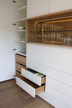 Einbauschrank design  Einbauschrank mit Bar, built-in cupboard with integrated bar ...