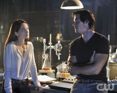 "BEAUTY AND THE BEAST.  ""Pilot""  Pictured (L-R): Kristin Kreuk as Catherine Chandler and Jay Ryan as Vincent  Photo: Ben Mark Holzberg/The CW.  Image Number: BB100c_0074b.jpg.  © 2012 The CW Network, LLC. All rights reserved."