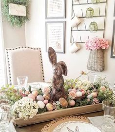 101 Best Easter Table Decor Ideas And Wow-Worthy Centerpieces – Easter Decorations DIY Easter Table Decorations, Decoration Table, Easter Decor, Easter Centerpiece, Centerpiece Ideas, Easter Ideas, Spring Decorations, Ideas Actuales, Decor Ideas