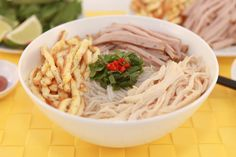 Vermicelli Soup with Chicken, Pork Roll and Egg (Bun Thang)