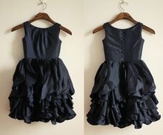 Hey, I found this really awesome Etsy listing at https://www.etsy.com/listing/162737251/dark-navy-blue-taffeta-ruffled-flower