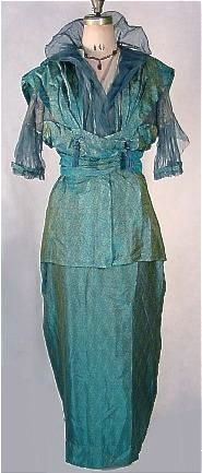 """c. 1913 """"Kingfisher-Blue"""" Printed China Silk Hobble Gown Shot with Gold, With Wired Net Portrait Collar"""