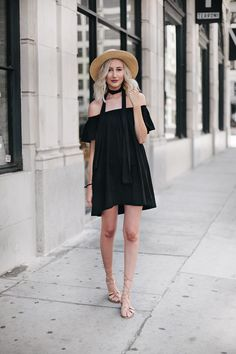 37e89f2e60 Summer Trend  The Off-the-Shoulder Dress Carly Cristman