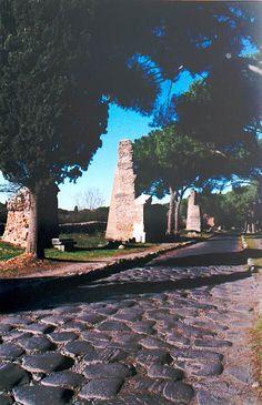 La Via Appia ou voie appienne