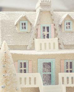 §§§ . New Glitter House