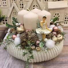 In this DIY tutorial, we will show you how to make Christmas decorations for your home. Christmas Advent Wreath, Christmas Wood Crafts, Winter Christmas, Handmade Christmas, Christmas Centerpieces, Christmas Decorations, Flower Boxes, Beautiful Christmas, Diy And Crafts