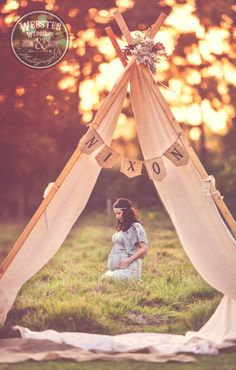 Jason Webster photography - cute bohemian style maternity session