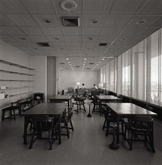 A NASA dining room and lounge in 1950. | Take A Look Inside NASA In The '50s
