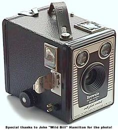 I had one of these! My first camera. http://www.brownie-camera.com/72.jpg