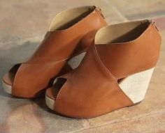 Wholesale Europe big edition personality cross face after zipper sandals brown - Lovely Fashion Women's Shoes, Cute Shoes, Me Too Shoes, Shoe Boots, Fall Wedges, Brown Wedges, Neutral Wedges, Summer Wedges, Looks Style