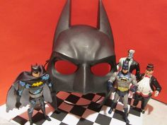 BATMAN COLLECTION, PENGUIN,2 FACE, + MASK DC COMICS KENNER 1990