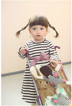 These clothes would suit my LO Cute Little Girls, Cute Kids, Cute Babies, Little Kid Fashion, Kids Fashion, Kids Girls, Baby Kids, Asian Kids, Cute Outfits For Kids