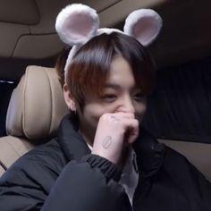 Foto Bts, Bts Photo, Jungkook Oppa, Taehyung, Kpop, Bts Playlist, Photoshoot Bts, Jeongguk Jeon, Bts Video