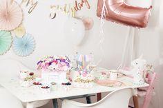 Jednorożce i dziecięca kraina – czyli drugie urodziny Poli i nasze domowe mini przyjęcie