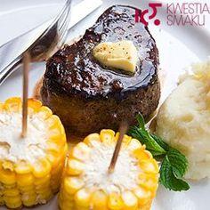 Stek z ziemniakami i kukurydzą | Kwestia Smaku