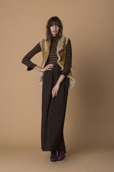 Vestito di lana Pinko - Abito in lana marrone con gilet di montone della  collezione Pinko autunno inverno 20152016 b55a6899f05