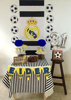 Cumple Soccer Birthday Parties, Sports Birthday, Soccer Party, 10th Birthday, Birthday Celebration, Barcelona Vs Real Madrid, Ideas Para Fiestas, Cakes For Boys, Party Themes