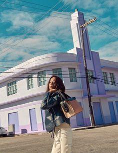 Krystal ( F(x) ) - Harper's Bazaar Magazine February Issue Jessica & Krystal, Krystal Jung, Ice Princess, Korean Music, Kpop Aesthetic, Slim Body, Perfect Body, Girls Generation, Summer Looks