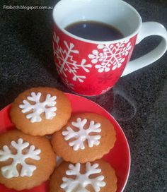 Christmas High Tea - lovely ideas for gifts and nibbles if you're catching up with friends and family before Christmas