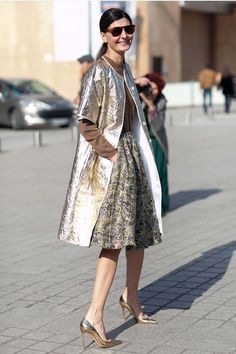 falda con volumen es perfecta para la siluetas sin curvas.