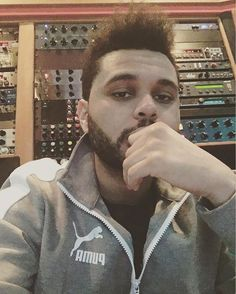 ⚡️⚡️ The Weeknd's in control. #XO