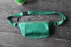 Leather Fanny Pack, Leather Belt Bag, Green Leather, Pull Up, Hip Bag, Small Backpack, Green Bag, Distressed Leather, Etsy