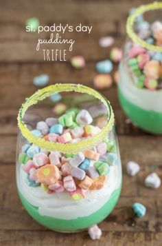 St. Paddy's Day Pudding Trifle. So cute with the lucky charms marshmallows!