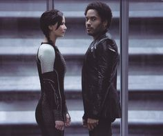 "Jennifer Lawrence and Lenny Kravitz co-star as ""Katniss Evergreen"" and ""Cinna"" in ""The Hunger Games: Catching Fire. Hunger Games Movies, The Hunger Games, Hunger Games Catching Fire, Hunger Games Trilogy, Cinna Hunger Games, Jennifer Hudson, Jennifer Lawrence, Dave Bautista, Quarter Quell"