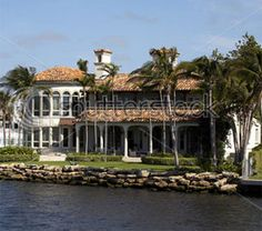 Fort Lauderdale Luxury waterfront home  View thousands of Fort #Lauderdale #Homes www.tonyhammer.com