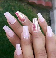 Pink n' Mirrors