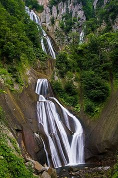 Hagaromo-no-taki, via Flickr 4th tallest waterfall in Japan Tenninkyo Gorge, Daisetzusan National Park, Hokkaido, Japan