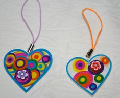 FDM Un bijou coeur Robert Delaunay - Caracolus Projects For Kids, Crafts For Kids, Arts And Crafts, Art Projects, Robert Delaunay, Shrink Art, Shrinky Dinks, Fitness Gifts, Mothers Day Crafts