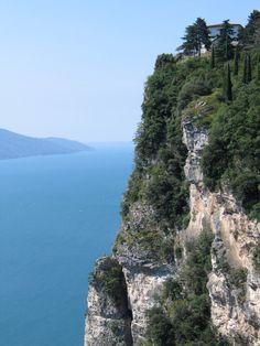 Tremosine Gardameer Beautiful Places, Beautiful Pictures, Lake Garda, Lake Como, Verona, Water, Travel, 3, Outdoor