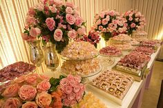 Mesa de doces by Flor e Forma, via Flickr