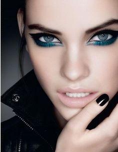 I like the eye makeup