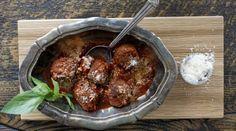 Resepti: Italialaiset lihapullat. Persiljan vaihtaisin basilikaan!