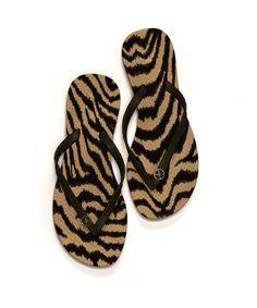 Black and gold Cape Flip Flops #sandals #beach #shoes