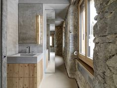 Gallery of House Z22 and Warehouse F88 / Gus Wüstemann Architects - 4