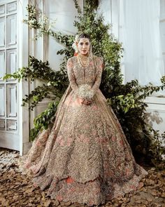 stuns in this exquisite Republic Womenswear bridal couture ✨ Asian Bridal Wear, Asian Bridal Dresses, Asian Wedding Dress, Pakistani Wedding Outfits, Indian Bridal Outfits, Pakistani Wedding Dresses, Indian Dresses, Indian Bridal Hair, Pakistani Bridal Couture