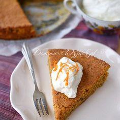 Ciasto z puree marchewkowym i orzechami