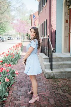 Spring Dresses with Nordstrom // Spring Outfit Ideas // Summer Outfit Inspiration // Pink Sandals, Leopard Clutch
