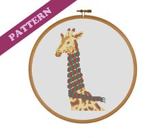 Christmas Scarf, Christmas Colors, Diy Christmas, Cross Stitch Embroidery, Embroidery Patterns, Cross Stitches, Modern Cross Stitch Patterns, Xmas Decorations, Giraffe